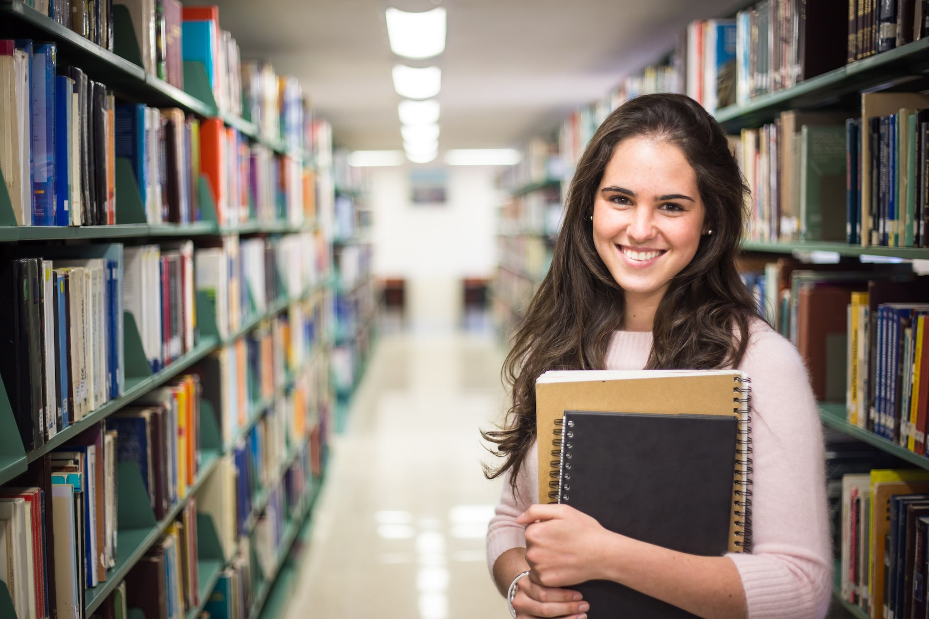 ¿Cómo funciona el modelo de estudios de Tecmilenio en Preparatoria?